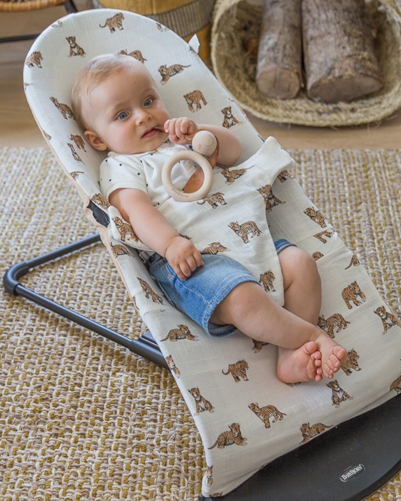 Milinane concoit des housses de transat pour le transat de la marque Babybjörn