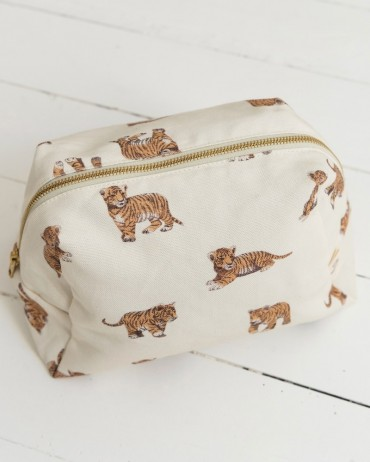 Tiger Toiletry Bag in cotton muslin