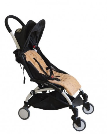 Stroller cushion with Lemur