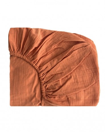 Rust coloured fitted sheet
