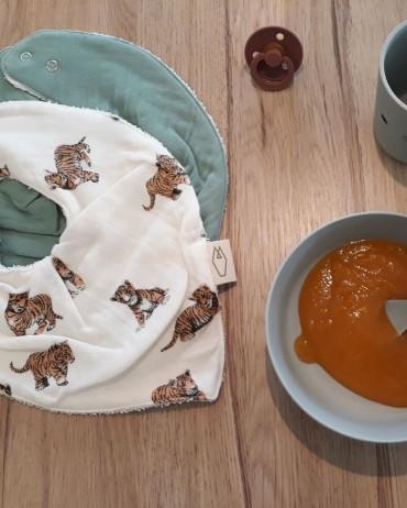 Bavoirs bandana pour bébé