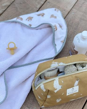 Serviette à capuche pour bébé