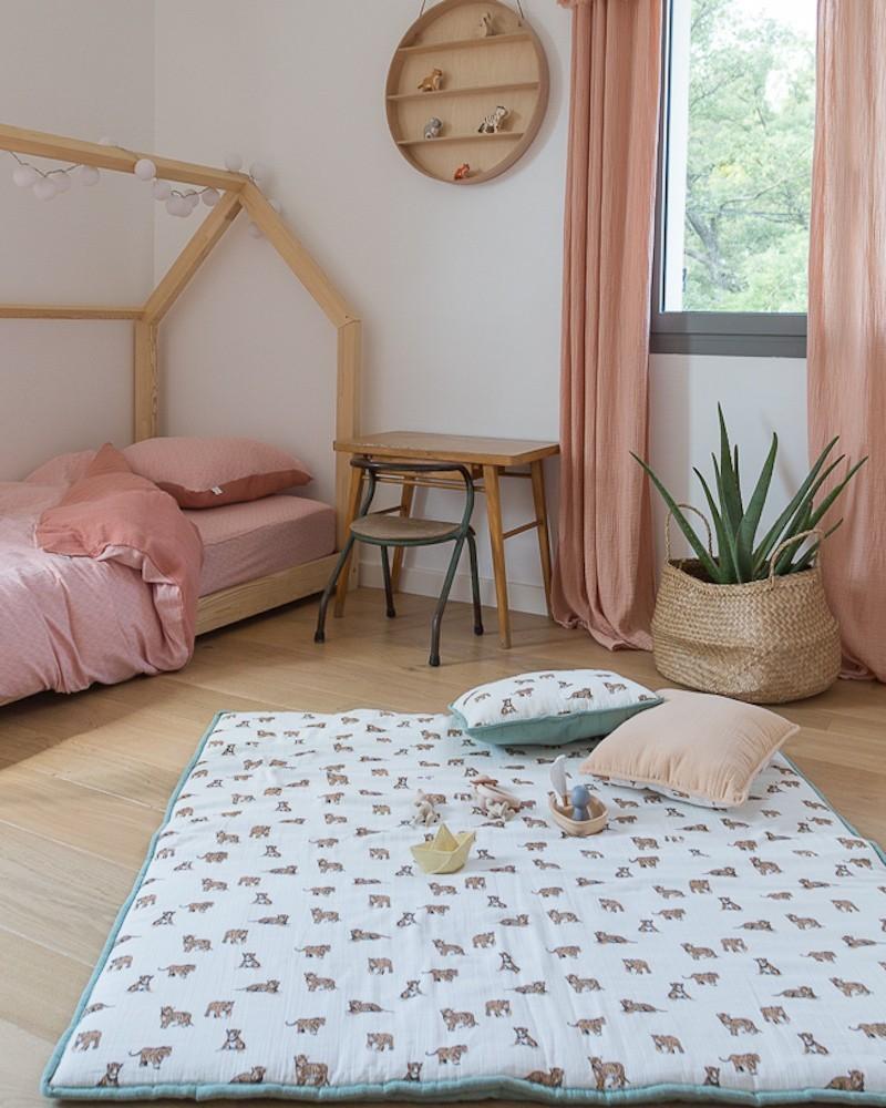 tapis en mousseline de coton rose