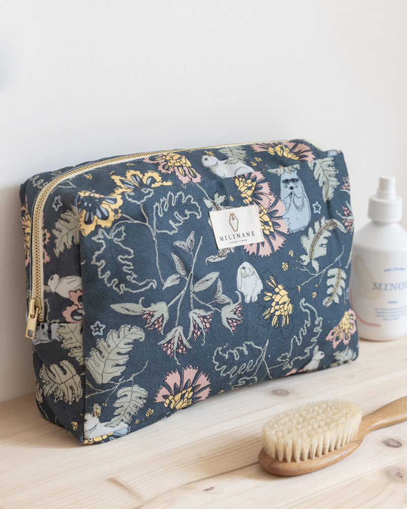 Big toiletry kit with flowers, made in cotton, from the french brand Milinane